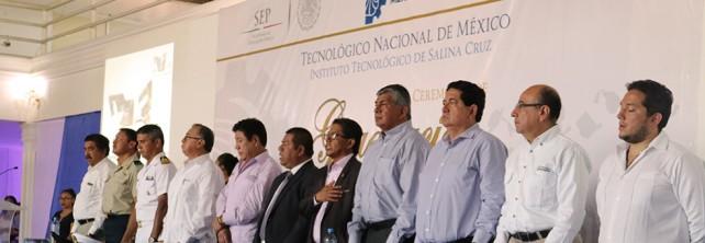 MAGNA CEREMONIA DE GRADUACIÓN EN EL TecNM CAMPUS SALINA CRUZ